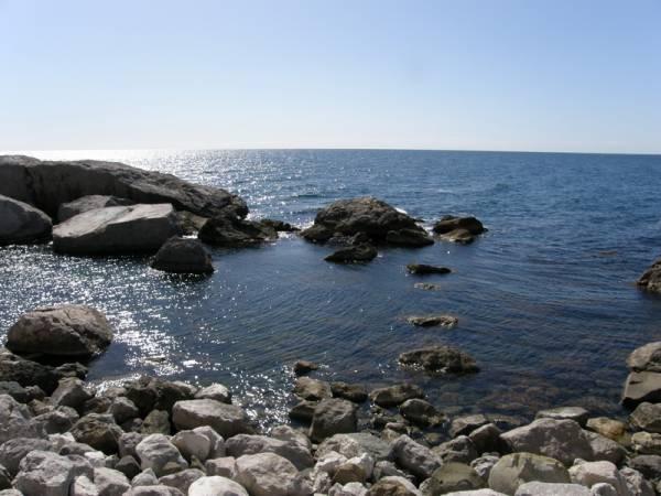 Кастрополь. Дикий пляж